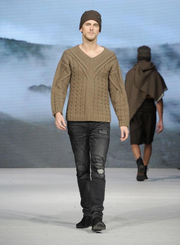 Tengri AW17 at Vancouver Fashion Week