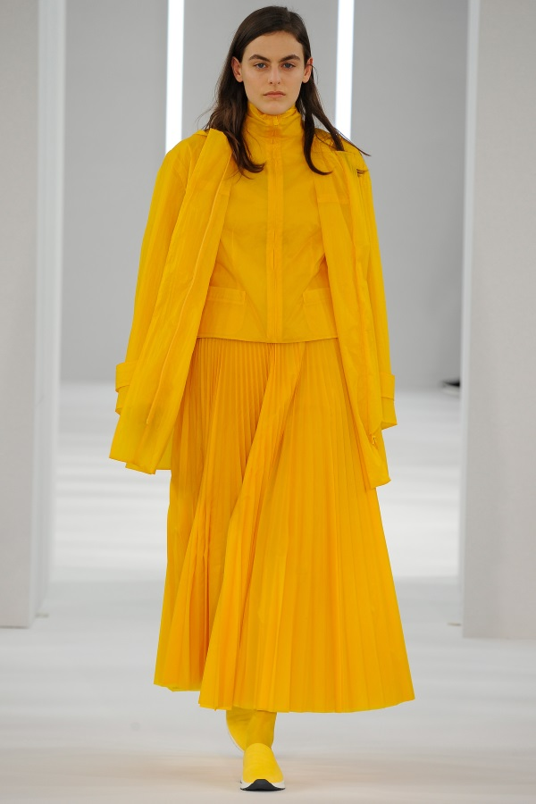 Jasper AW18: Sulphur Yellow Duffle, sulphur yellow funnel neck jacket, sulphur yellow sunray pleat skirt