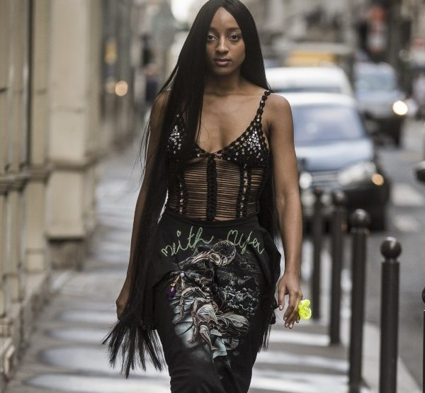 Neith NyerSS19 - distorted beauty queen